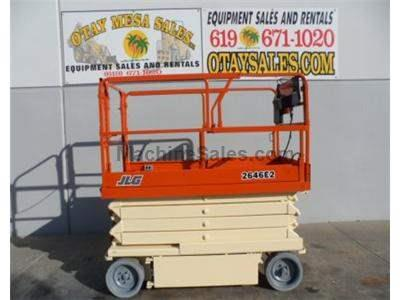 Scissor Lift, Electric, 32 Foot Working Height, 26 Foot Platform Height, 46 Inches Wide