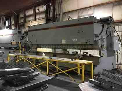 Used 2002 Standard Industrial, 16' x 150 Ton Hydraulic Press