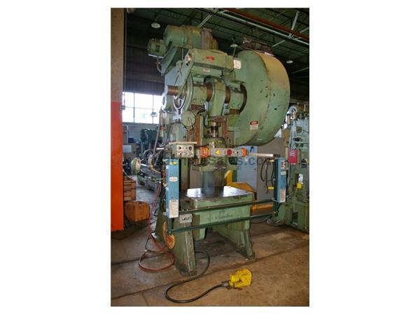 Used 100 Ton Federal 100 Flywheel Type Open Back Inclinable Press