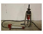 Facom No.U.320.H. 3-Jaw Hydraulic Puller with UMP.10M Pump