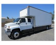 2007 GMC C7500 24 ft. Crew Cab Box Van Grip Truck