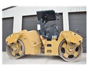 2012 CATERPILLAR CB64 w/ WATER SYSTEM - E7040