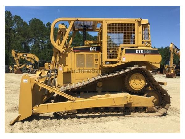 1998 Caterpillar D7R LGP w/ Straight Blade w/ Tilt & Screens - E7195