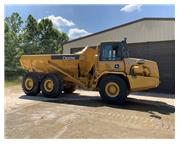 2004 DEERE 250D ENCLOSED CAB W/ A/C & HEAT