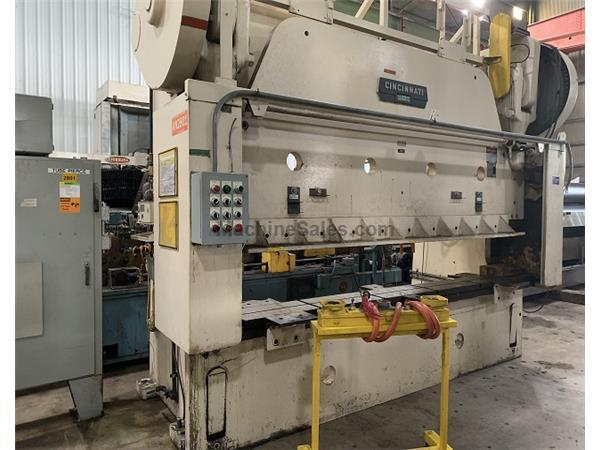 Cincinnati 300 Ton x 12' Mechanical Press Brake, Series 12 x 10
