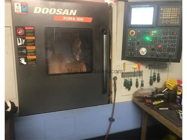 2007 Doosan Puma 300C  CNC Turning Center