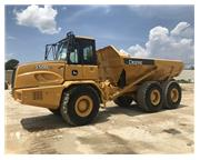 2006 DEERE 250D ENCLOSED CAB W/ A/C & HEAT - E7168